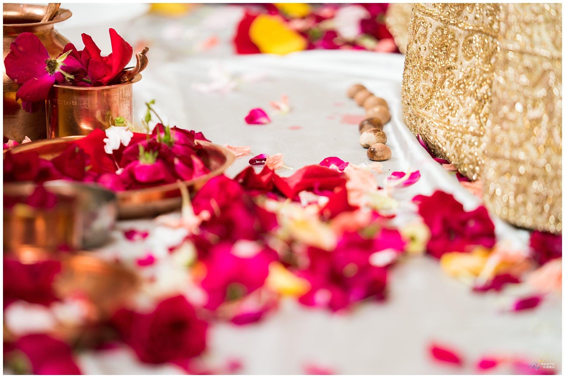 Aashirwad-Palace-Randolph-NJ-Hindu-Wedding-Ceremony-Khusbu-Jeff-20.jpg