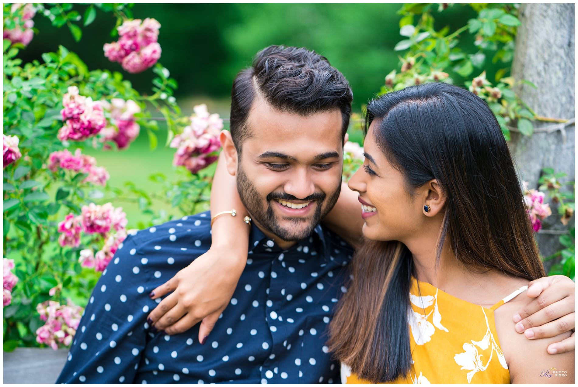 Elizabeth-Park-Rose-Garden-Hartford-CT-Engagement-Shoot-Pratiti-Suraj-8.jpg