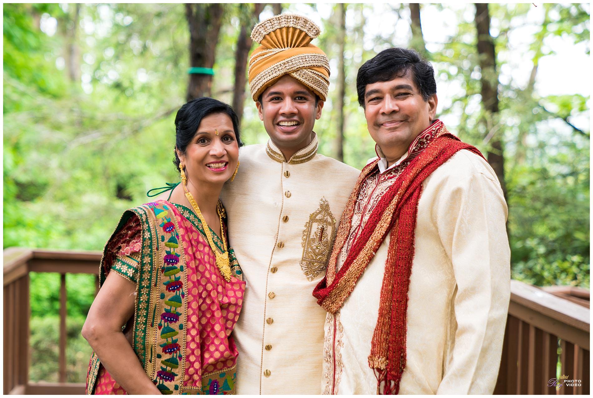 Martinsville-Gardens-NJ-Indian-Wedding-Ruchi-Vishal-13.jpg