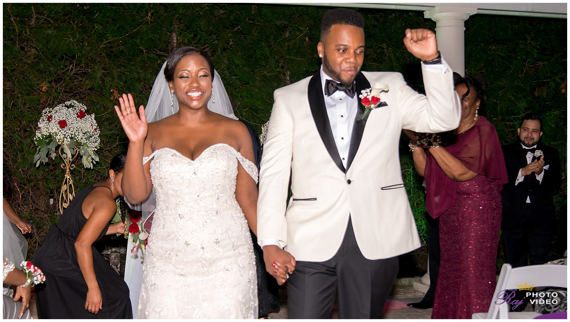 Royal_Manor_Garfield_NJ_Christian_Wedding_Jade_Scott-0011.jpg