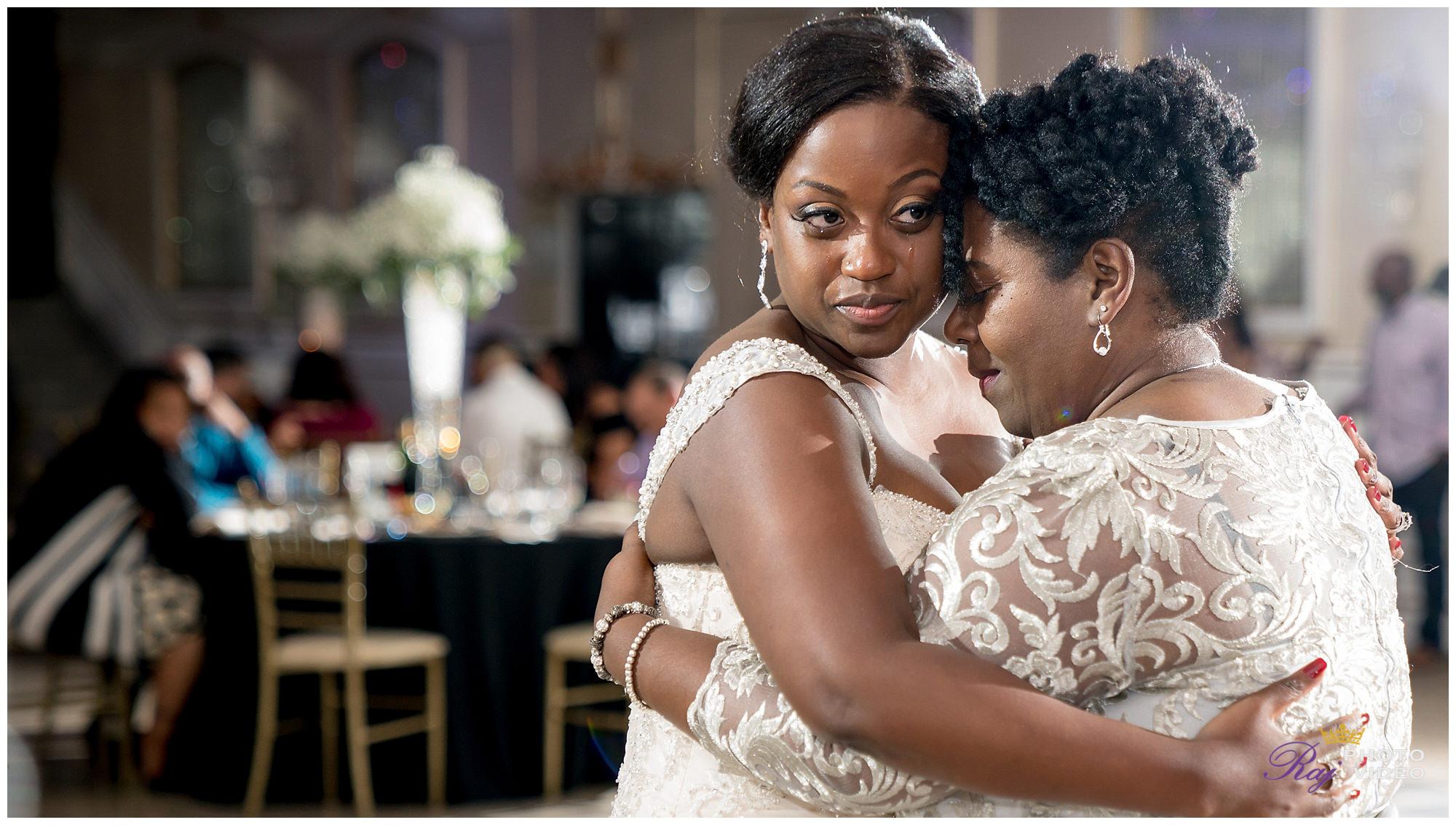 Royal_Manor_Garfield_NJ_Christian_Wedding_Jade_Scott-0023.jpg