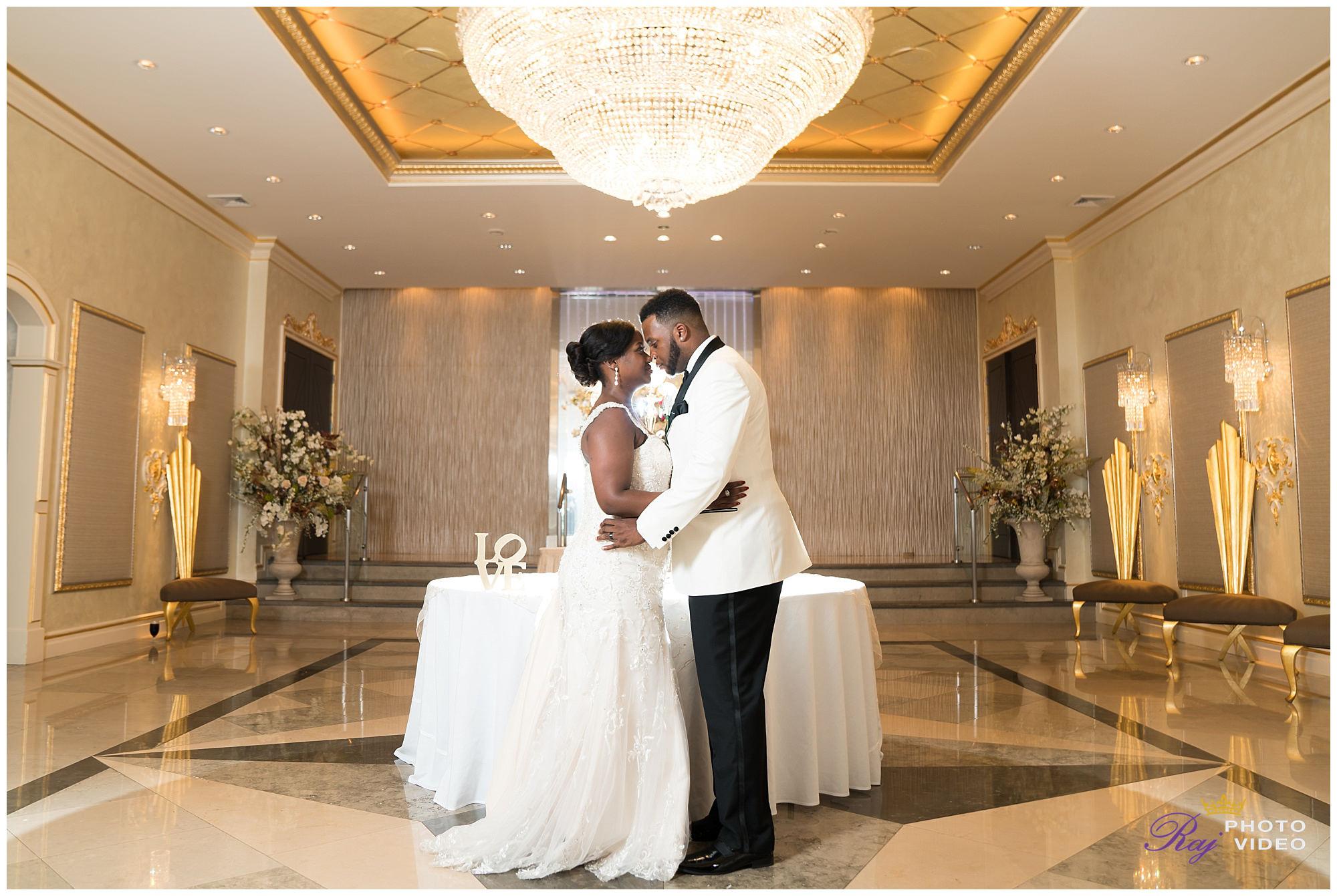 Royal_Manor_Garfield_NJ_Christian_Wedding_Jade_Scott-0028.jpg