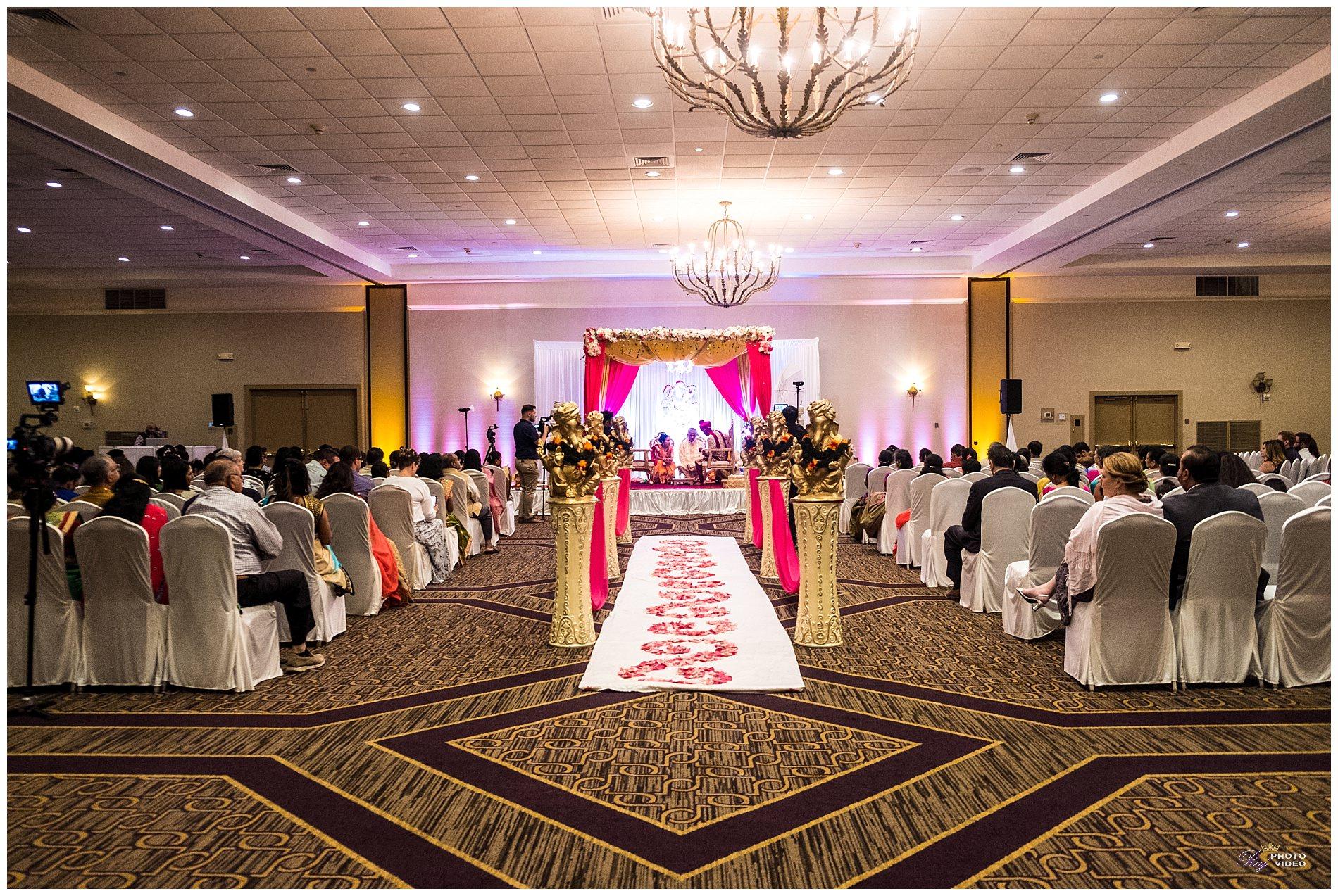 doubletree-by-hilton-hotel-wilmington-de-wedding-krishna-ritesh-53.jpg