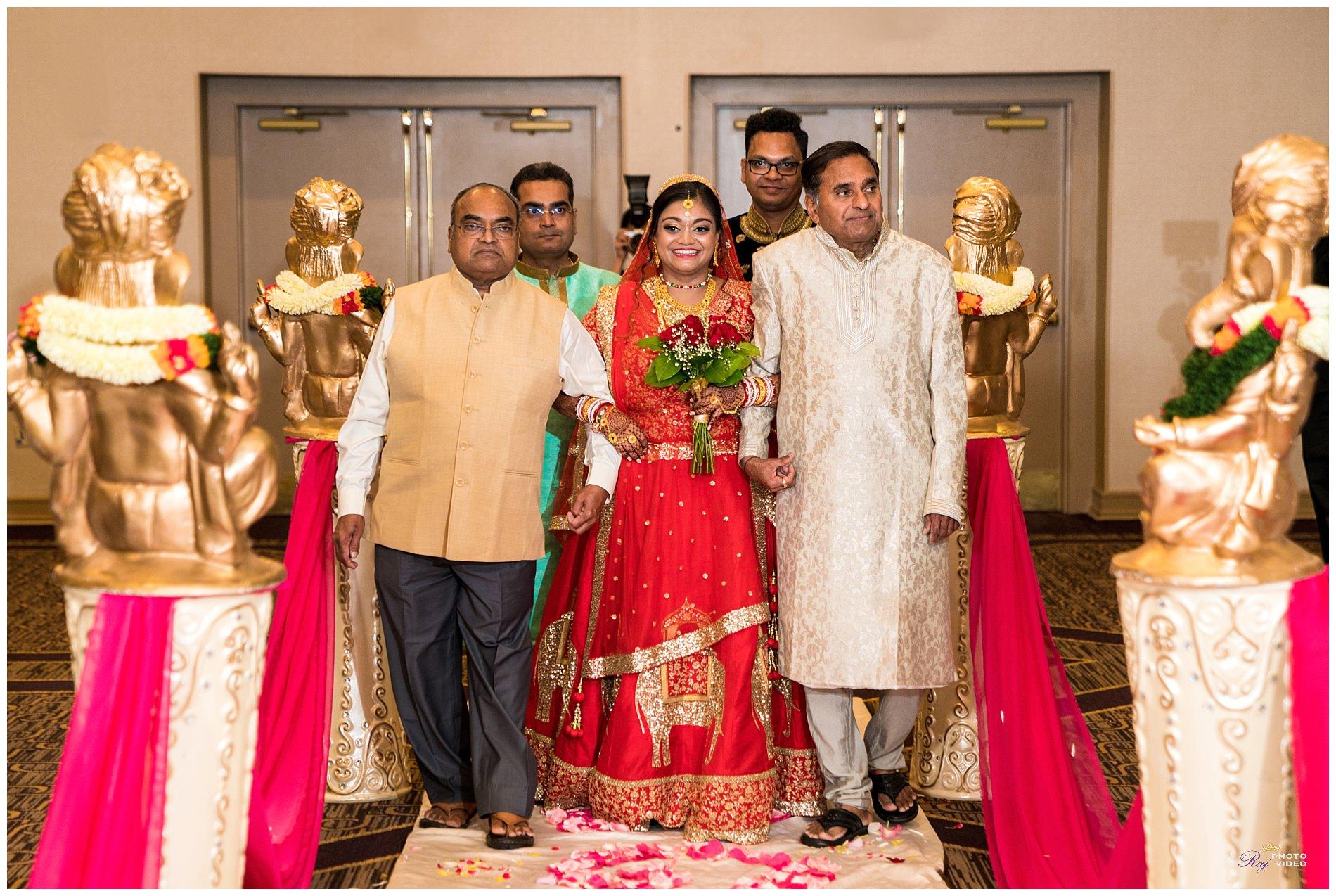 doubletree-by-hilton-hotel-wilmington-de-wedding-krishna-ritesh-54.jpg