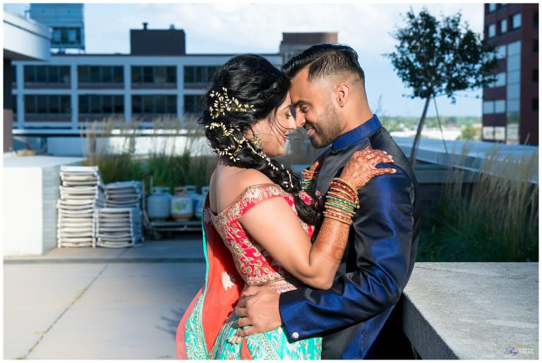 Sheraton Indianapolis City Centre Hotel IN Hindu Wedding | Raina & Pawan | Photo Story